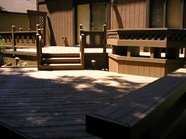 deck-restoration-large-tier