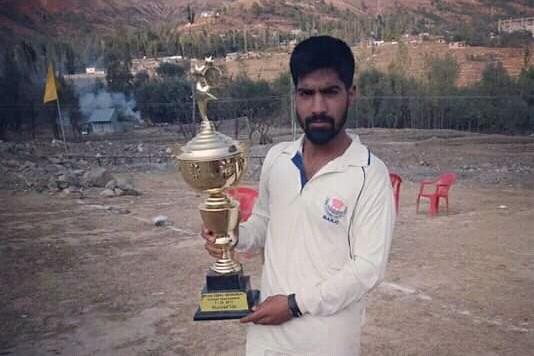 Dardish Goni, the new cricket star from Srinagar in year 2018
