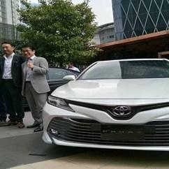 All New Camry Indonesia Toyota Resmi Hadir Di Yang Tampil Lebih Peluncuran