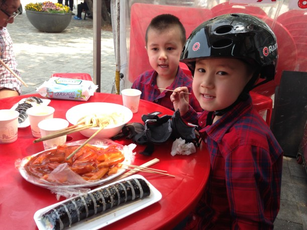 Lunch at Yeouido Park