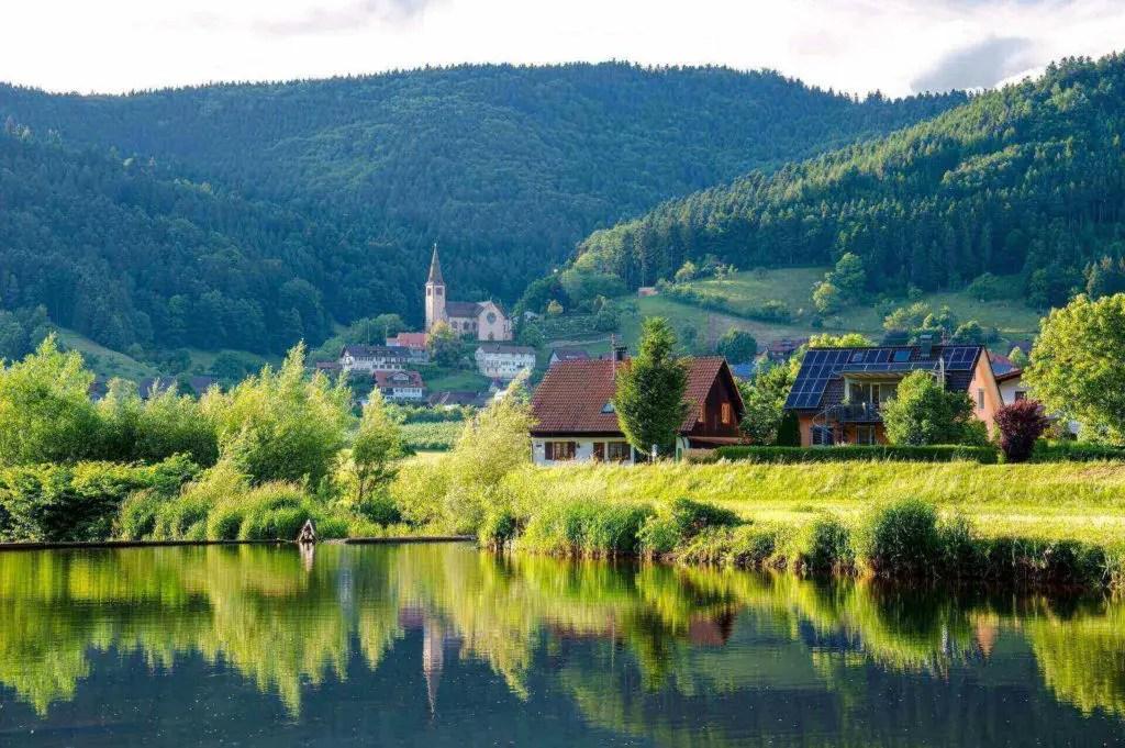 kinzig-fischer-bach-black-forest-water-158316(1)(1)