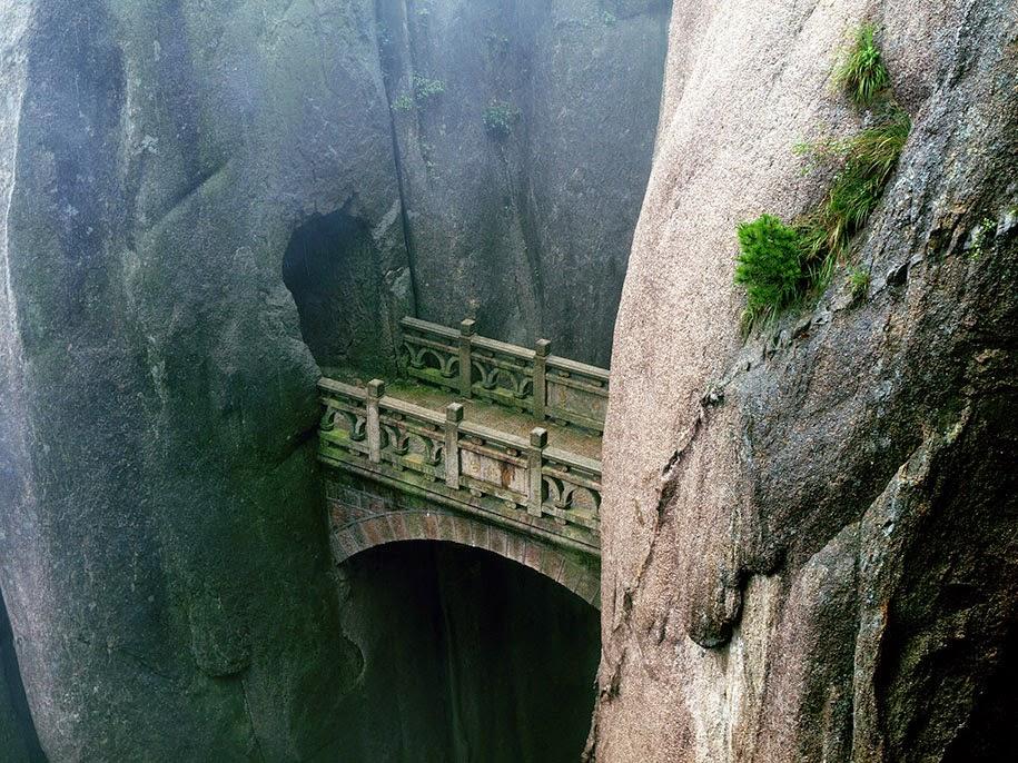 Bridge between walls