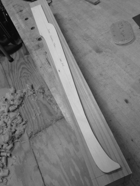 Cabriole leg layout