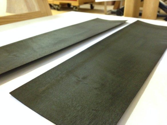 Sycamore veneer dyed dark green