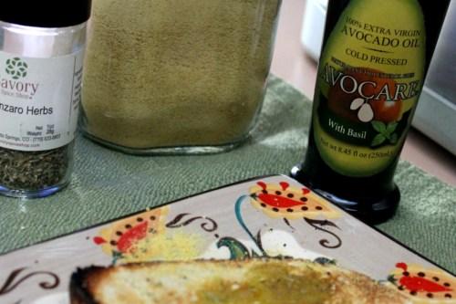 avo basil toast