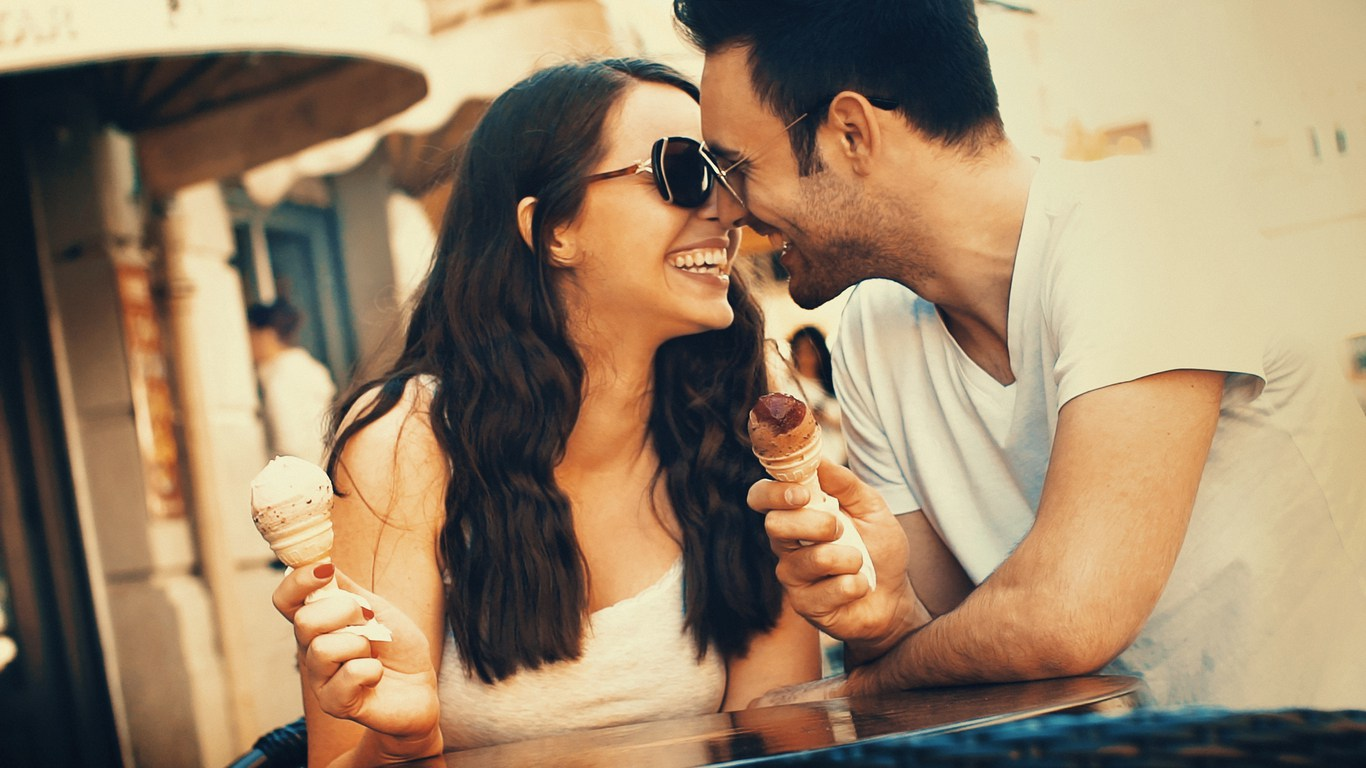 8 Fun & Active Summer Date Ideas You Need To Try