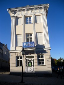 Tartu . Linke Explordinary Journeys