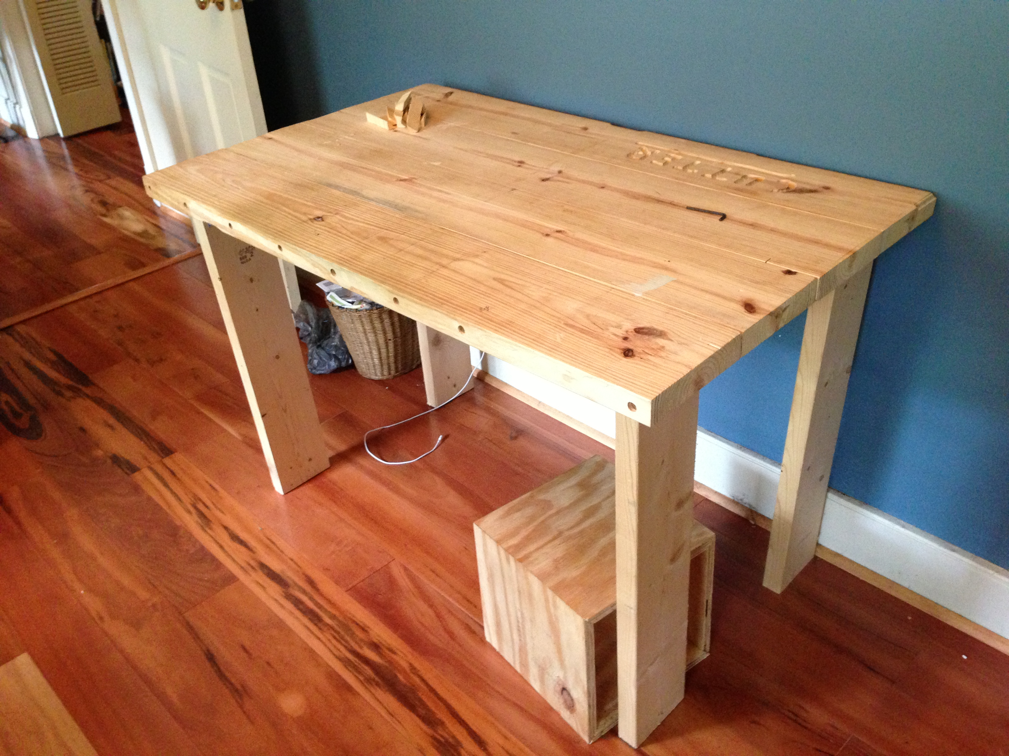 Making A Table Top With Dowels
