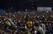 支聯會公布今年有15萬人出席六四晚會,警方則指有5萬4千人。(梁燕玲攝)
