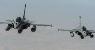 法軍一共派出12架飛機參與行動,當中包括十架戰機。(網上圖片)