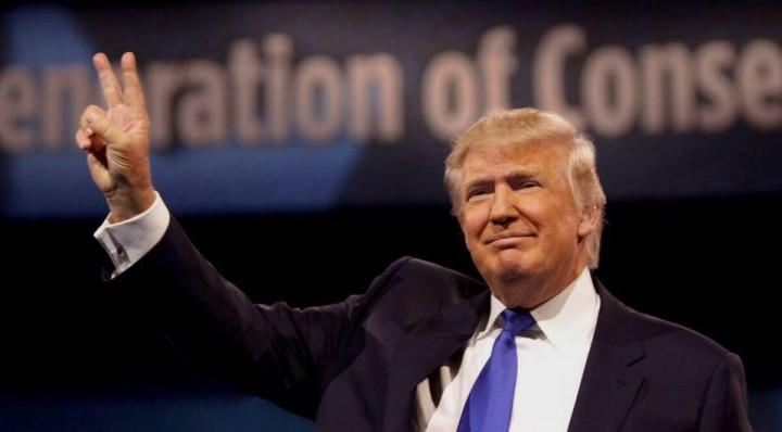 美國總統特朗普強調,自己沒有任何勾結或干預選舉,批評調查是對他的「政治追殺」。(特朗普Facebook專頁圖片)