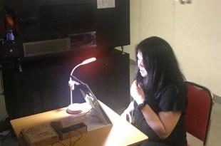 原是大學講師的梁凱程,為了讓視障人士享有一般人的平等權利而投身口述影像工作。(受訪者提供相片)