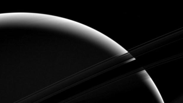 泰坦星地理特徵與地球相同,科學家相信泰坦星能接納外星生命。 (NASA圖片)