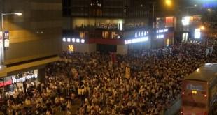 103萬人遊行反修例 遊行人數30年來最多