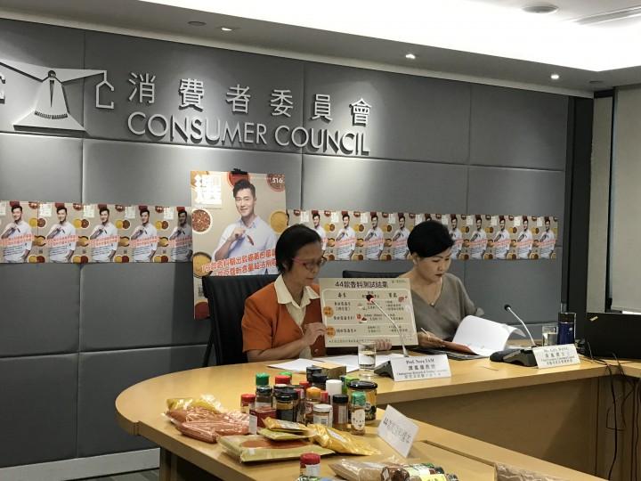 消委會籲消費者需留意香料包裝及保存方法以防霉菌滋生,生產商亦需留意降低毒素含量。(陳欣彤攝)