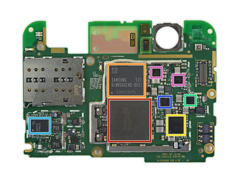 Two SIM card readers on the Nexus 6P (photo: iFixit.com)