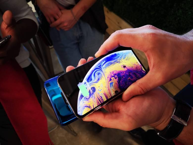 Huawei Mate 20 Pro reverse wireless charging