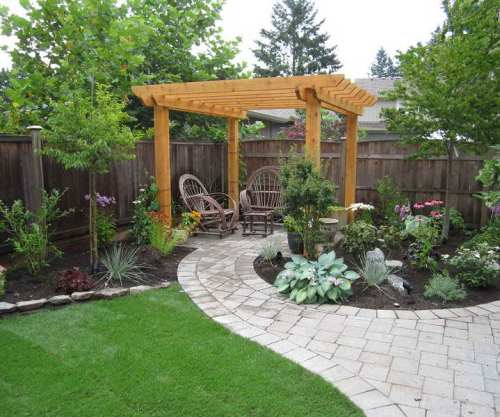 LANDSCAPING MATERIALS