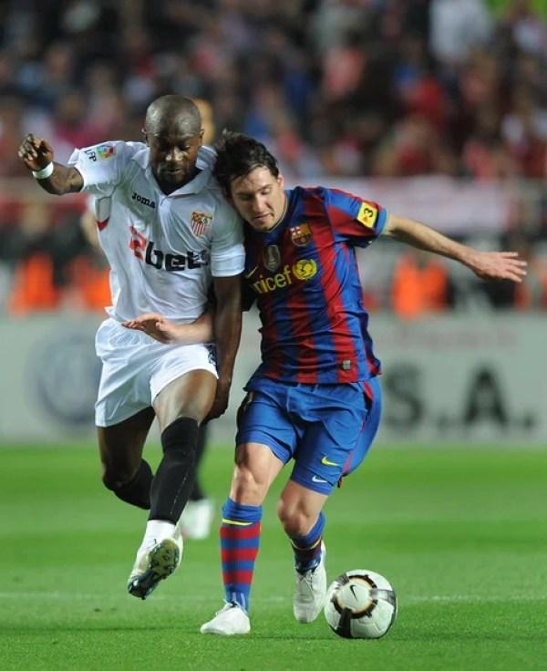 Didier+Zokora+Sevilla+v+Barcelona+La+Liga+Lionel Messi jmg management