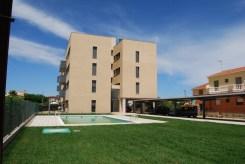 28 Viviendas con urbanización interior con zona aparcamiento y piscina. Deltebre (Tarragona)