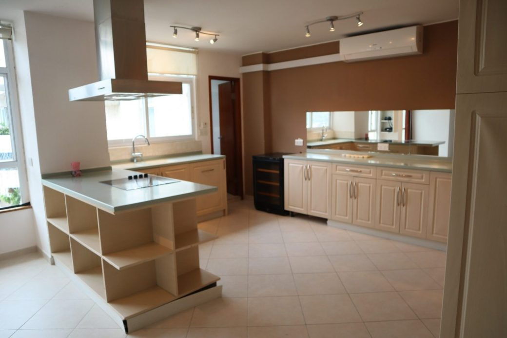 Coloane 4 Bed 12