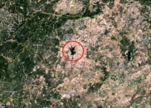En las orillas de este lago con forma de mano y cerca del monte das Lameiras , en el centro-norte de Portugal, podría estar enterrada Madeleine según Michael Winger. (Foto: Captura Google Maps)