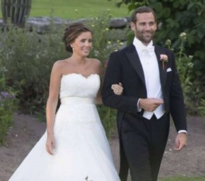 Jonas Bergström y Stephanie af Klercker se casaron el 18 de agosto del 2013 en la iglesia de Stora Mellösa, cerca de Örebro.