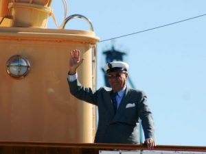 Henrik de Monpezat a bordo del barco real «K/S Dannebrog» durante un crucero de verano. (Foto: © M.Mielgo - JM Noticias)