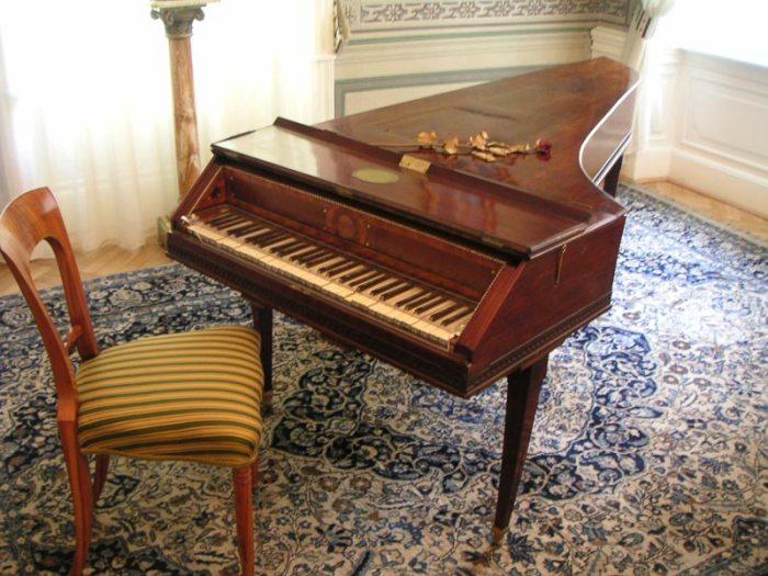09. Le dernier piano sur lequel a joué Mozart (Prague, Graf)