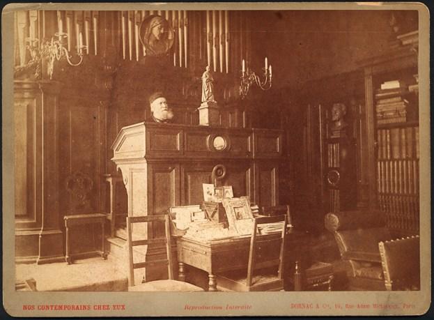 47. Gounod à l'orgue dans sa maison