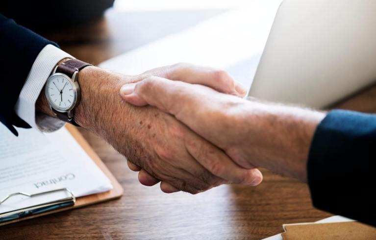 handshake sales winning method