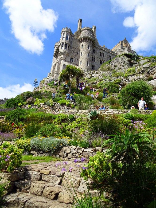 st-michaels-garden-and-castle