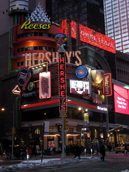 Hershey's Chocolate Palace store in Times Square, photo taken by Joana Miranda