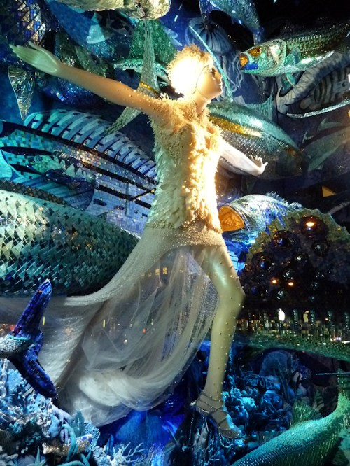 Photo of underwater themed window at 2011 Bergdorf Goodman display, taken by Joana Miranda