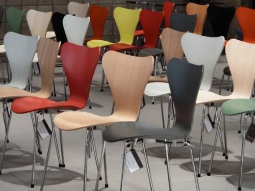 Photo of colorful modern chairs, taken by Joana Miranda