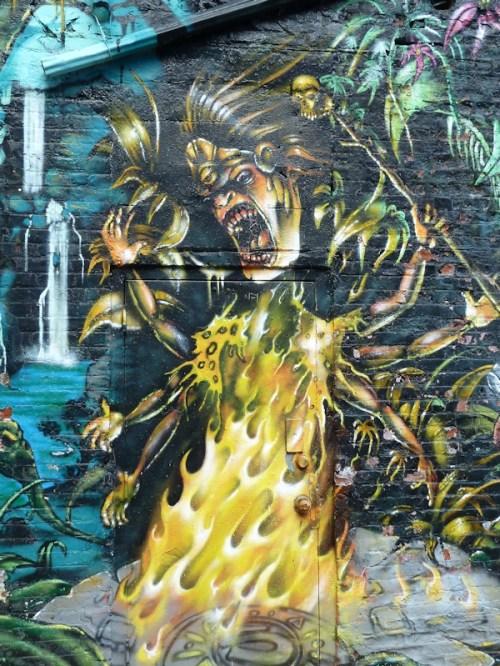 Scary queen graffiti