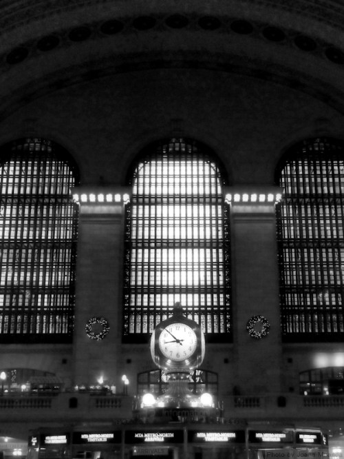 Black and white photo of Grand Central Station