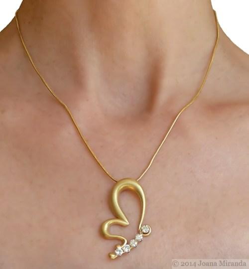 Marta's pendant finished on model