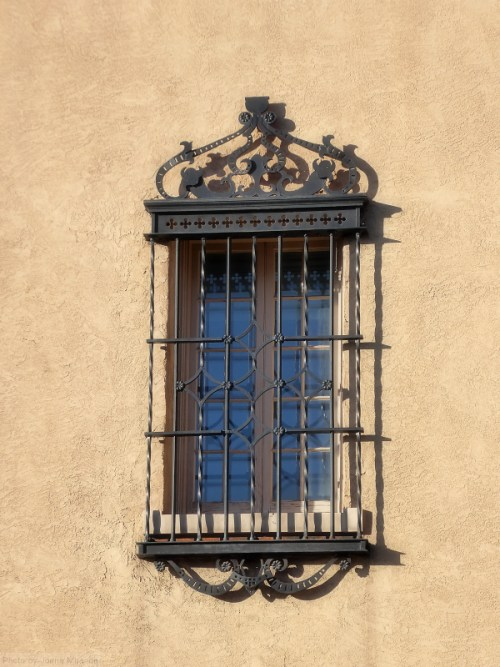 Santa Fe window and grille