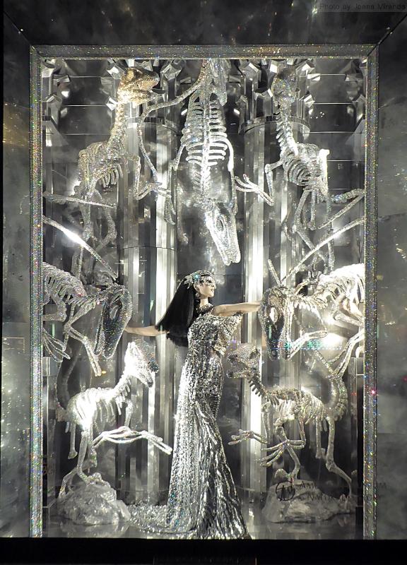 Photo of American Museum of Natural History holiday window at Bergdorf Goodman's, taken by Joana Miranda