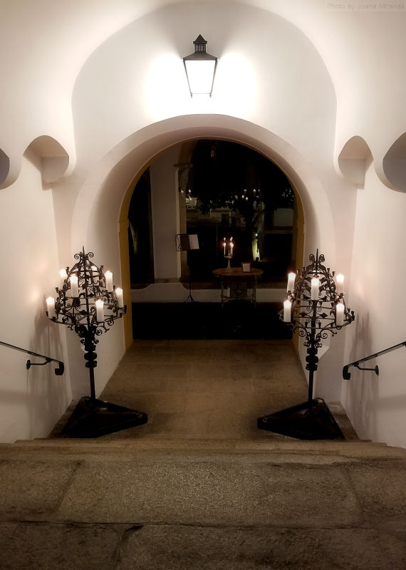 Entry to dining room at Pousada dos Loios in Evora