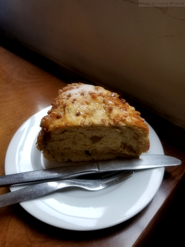 Slice of Bolo Rei at Confeitaria Nacional