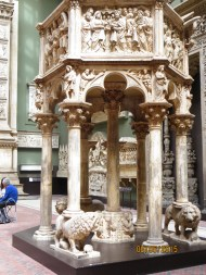 Pulpit with the columns being supported by lions
