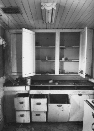 09A06 Weber Place Kitchen 1994