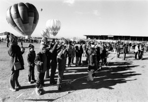 1974004019 Balloon Fiesta NM Fairgrounds 1974-04(19) 1974