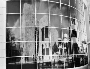 1999006006 Getty Reflection 1999