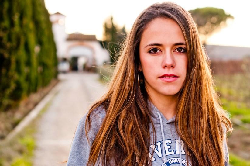 Anna (Alguaire - 2012)