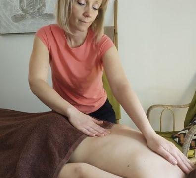 Des massages relaxation, détente du dos, jambes lourdes...