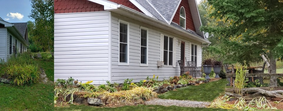 Curb appeal matter in staging