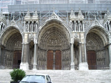 Cathedrale_nd_chartres_sud003